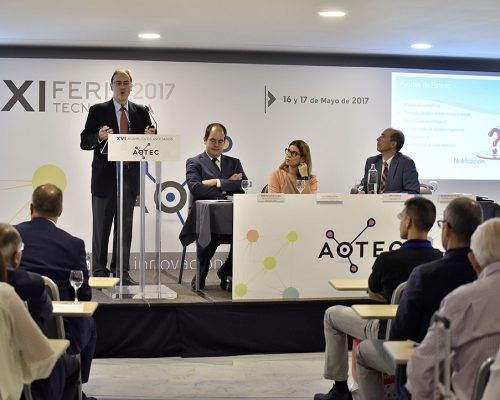 Edirector del Área de Operadores del Ministerio de Energía, Turismo y Agenda Digital José María Moragón, en las jornadas técnicas de la Feria AOTEC 2017.