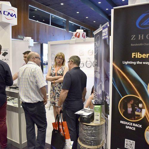 El fabricante estadounidense de cable de fibra óptica CNA, presente en AOTEC.