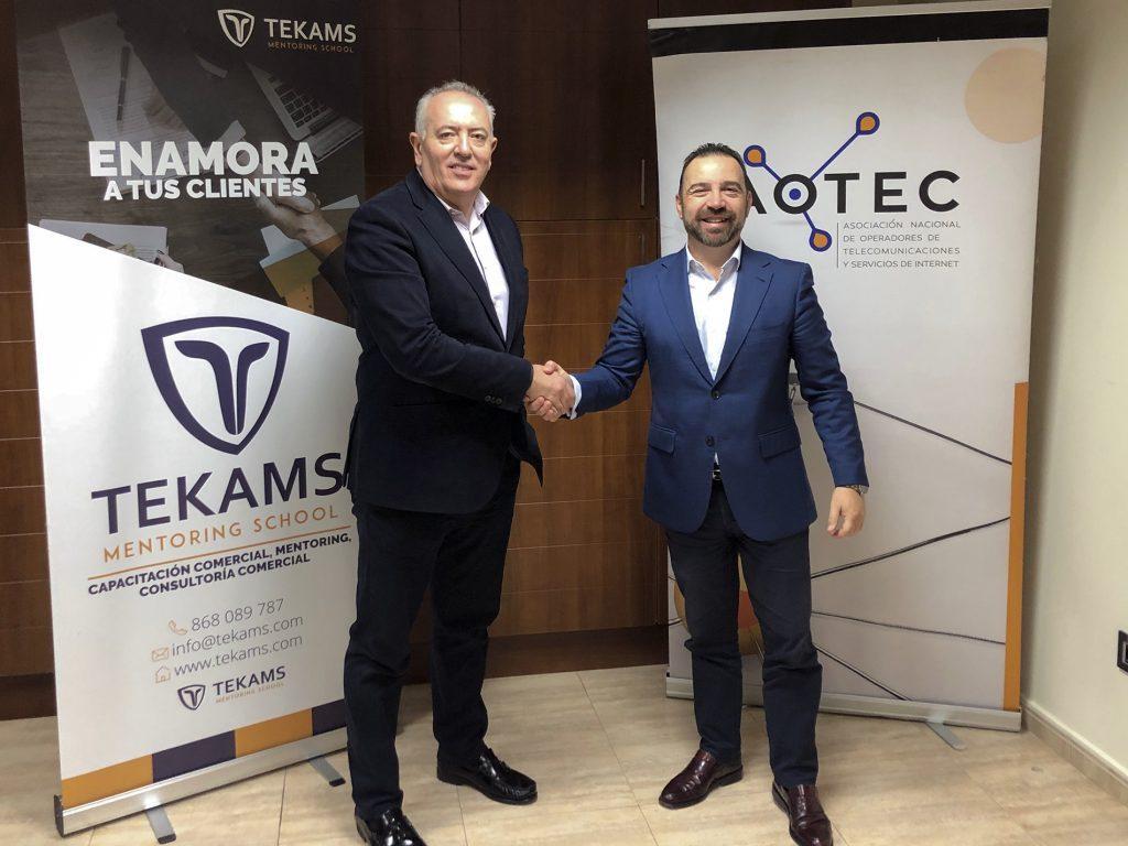 El presidente de Aotec y el CEO de Tekams.