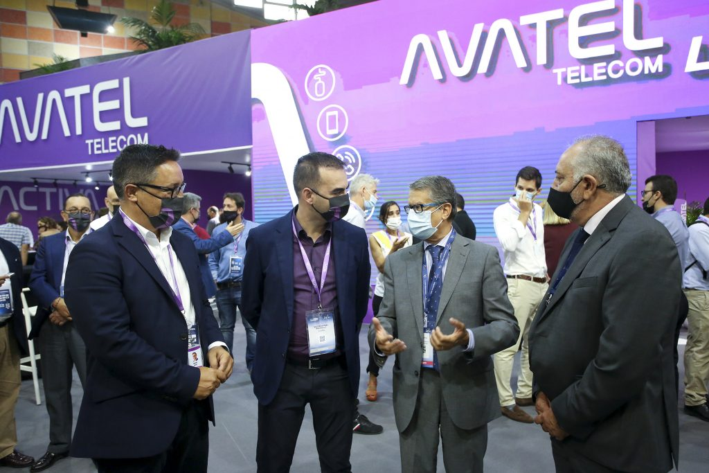 Avatel secretario de Estado Feria Aotec 2021